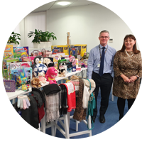 Hub team donates £500 of gifts for Clackmannanshire Kids